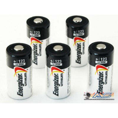 N.5 Batterie CR123 Litio Energizer originali.